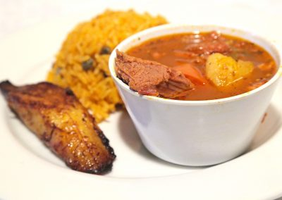 Carne guisada lunch
